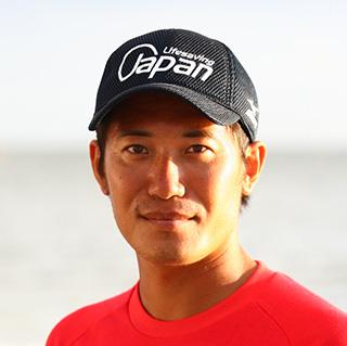 コーチ TOSHIYUKI TAMURA